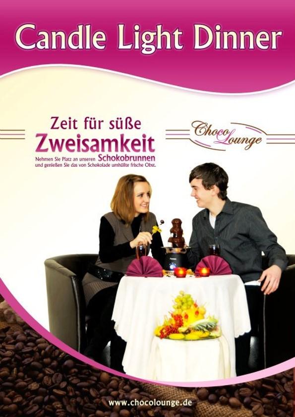 Mit diesem Werbeplakat preist die Chocolounge ihr Candle Light Dinner an.